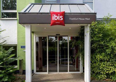 Ibis Frankfurt Messe West Eingang Front